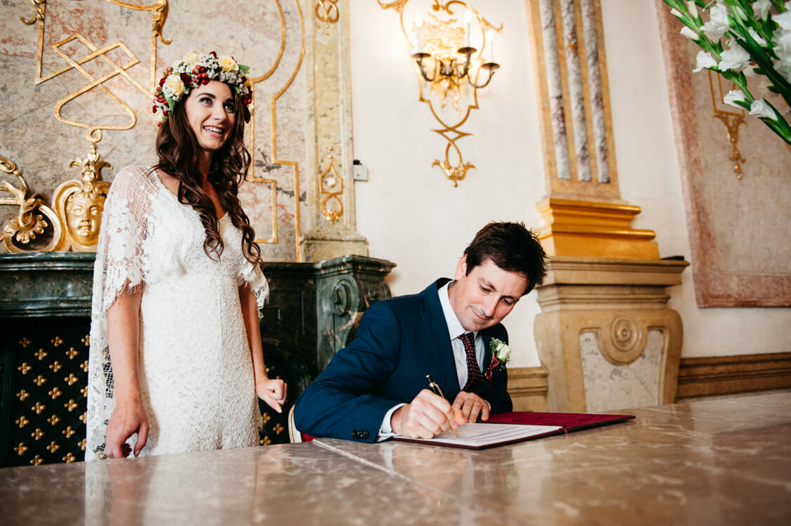 Elopement Hochzeit Salzburg Schloss Mirabell Marmorsaal Mirabellgarten 007