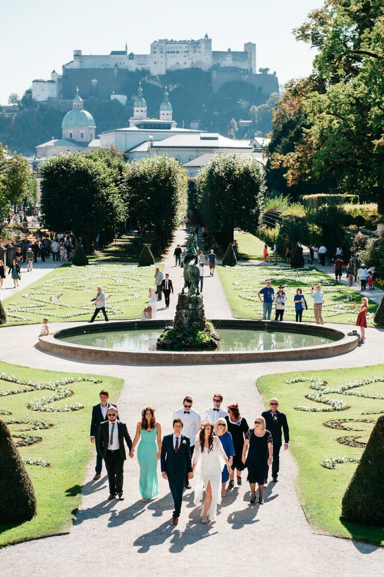 Elopement Hochzeit Salzburg Schloss Mirabell Marmorsaal Mirabellgarten 015