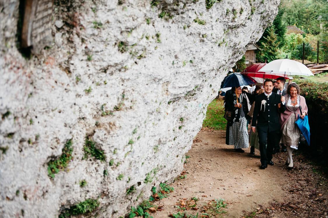 Hochzeitsfotograf Salzburg Abtenau Sonnleitn Bauernhof Tracht Lederhose Dirndl 024