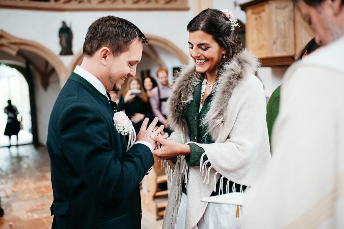 Hochzeitsfotograf Salzburg Abtenau Sonnleitn Bauernhof Tracht Lederhose Dirndl 032