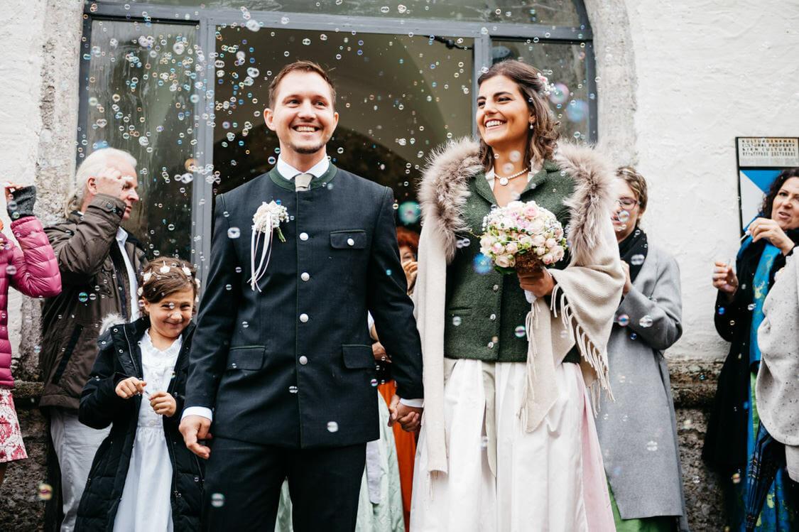 Hochzeitsfotograf Salzburg Abtenau Sonnleitn Bauernhof Tracht Lederhose Dirndl 038