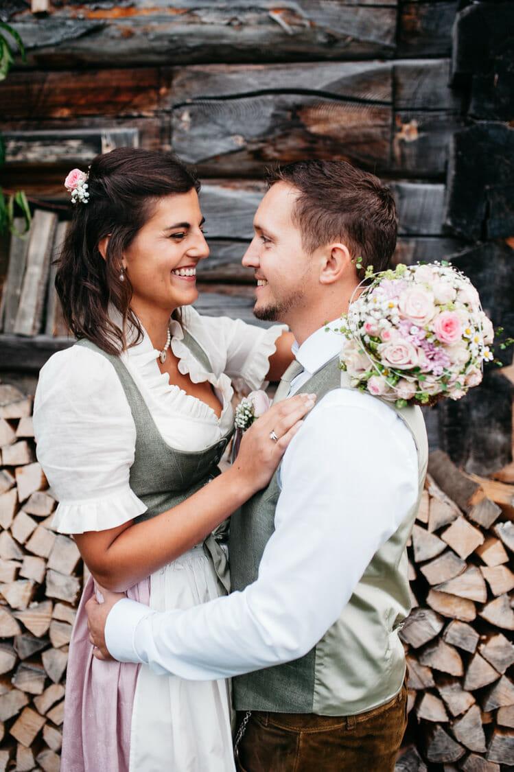 Hochzeitsfotograf Salzburg Abtenau Sonnleitn Bauernhof Tracht Lederhose Dirndl 054