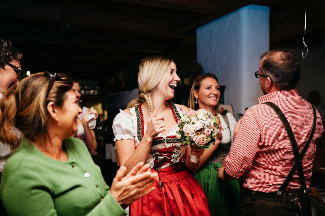 Hochzeitsfotograf Salzburg Abtenau Sonnleitn Bauernhof Tracht Lederhose Dirndl 073