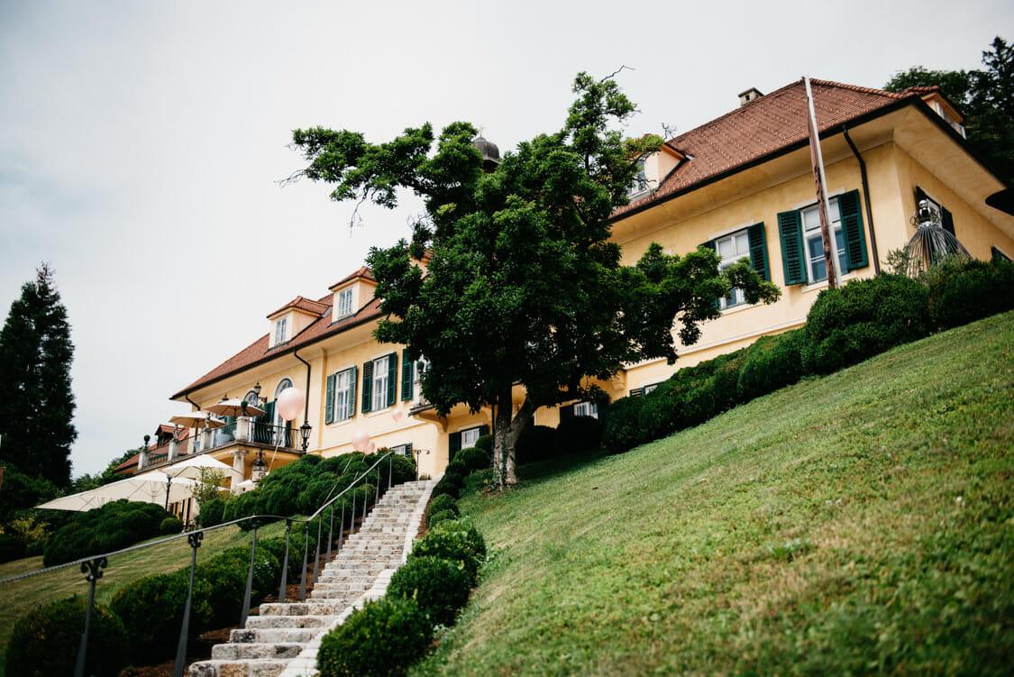 Hochzeit Aiola Schloss Sankt Veit Boho 000