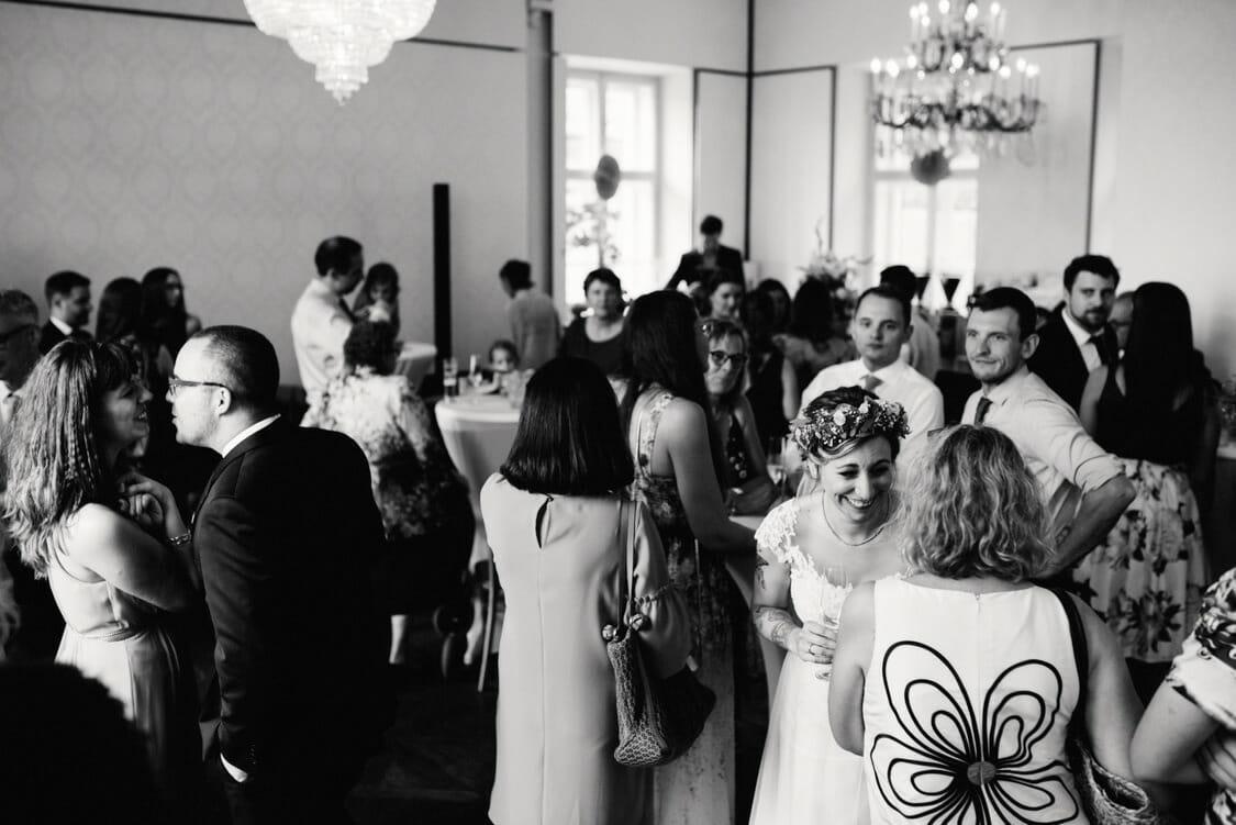 Hochzeit Aiola Schloss Sankt Veit Boho 044